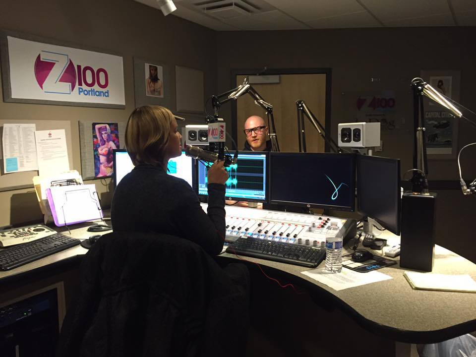 Logan and TraRenee Chambers on air at Z100 Portland JAMN 1075