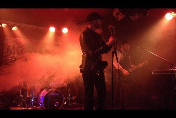 Logan Lynn Live in Seattle at Mo Wave Festival 2014