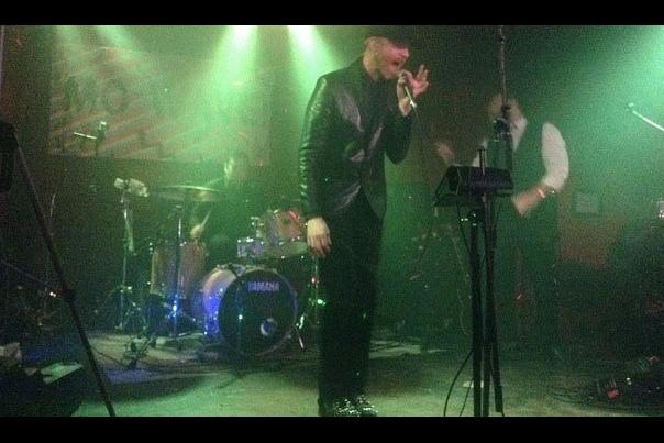 Logan Lynn Performing at Mo Wave Festival in Seattle (April 2014) at Chop Suey